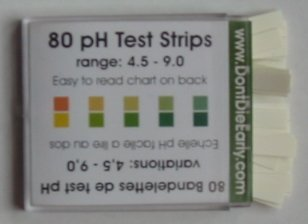 Box with 80 pH test strips